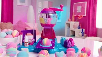 Cra-Z-Art Shimmer 'N Sparkle Spa Creations Bath Bomb Maker TV Spot, 'Fizzy' - Thumbnail 3