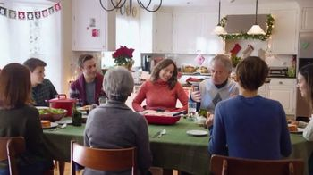 Stouffer's Party Size Lasagna With Meat & Sauce TV Spot, '2018 Holidays: Keeps Them Coming Back' - Thumbnail 9