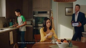 Esurance TV Spot, 'Just Another Dennis Quaid Commercial' - Thumbnail 5