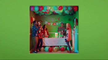 Corn Chex TV Spot, 'Holidays: The Grinch' - Thumbnail 5