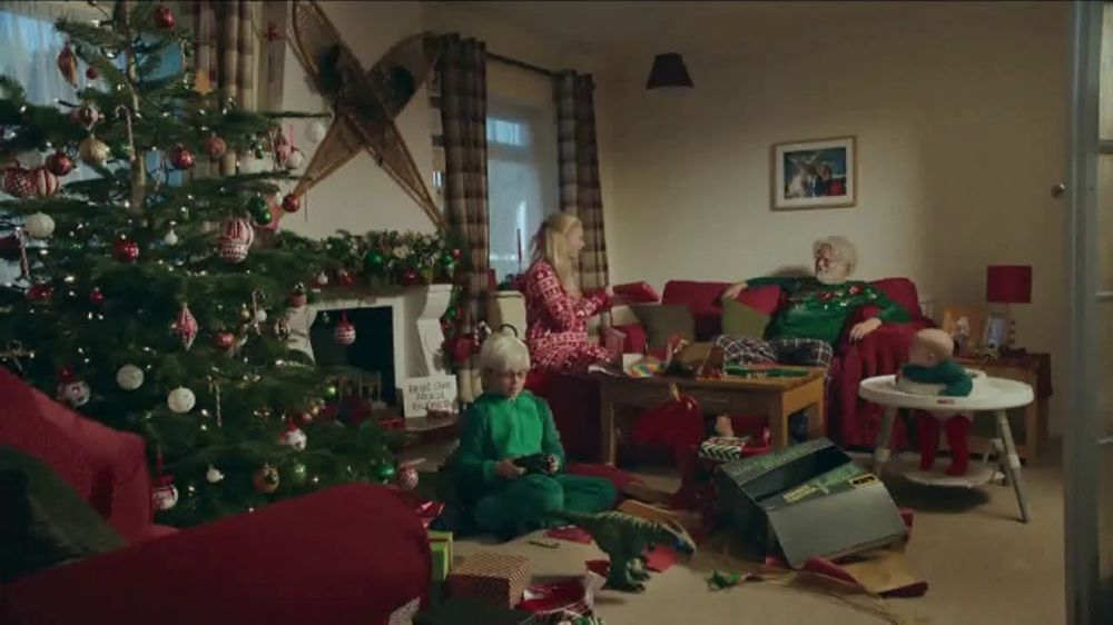 Duracell Commercial 2020 Christmas DURACELL TV Commercial, 'Night Before Christmas'   iSpot.tv
