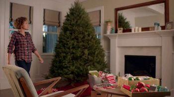 Command TV Spot, 'Greet the Season, Damage-Free' Featuring Tim Gunn - Thumbnail 1