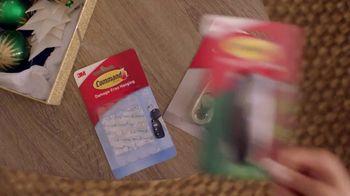 Command TV Spot, 'Greet the Season, Damage-Free' Featuring Tim Gunn - Thumbnail 3