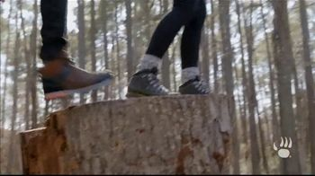 Bearpaw TV Spot, 'Fall/Winter 2018: Lauren and Josiah' - Thumbnail 3