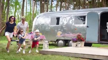 Macy's July 4th Sale TV Spot, 'Specials for the Home' Song by Brenton Wood - Thumbnail 3