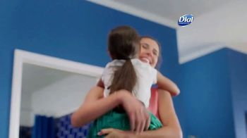 Dial Complete 2 in 1 TV Spot, 'Better Together' - Thumbnail 8