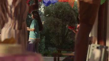 Coca-Cola TV Spot, 'Comparte una Coca-Cola con amigos' [Spanish] - Thumbnail 6