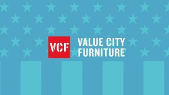 Value City Furniture 4th of July Sale TV Spot, 'Special Financing' - Thumbnail 3