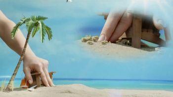 Del Taco $1 Chicken Quesadilla Snacker TV Spot, 'Andi's Hands'