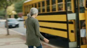 AARP Services, Inc. TV Spot, 'Juntos vamos adelante' [Spanish] - Thumbnail 2