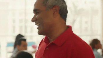 AARP Services, Inc. TV Spot, 'Juntos vamos adelante' [Spanish] - Thumbnail 7