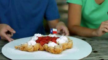 Six Flags July 4th Fest TV Spot, 'All-American Food Festival: Food & Games' - Thumbnail 4