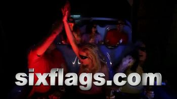 Six Flags July 4th Fest TV Spot, 'All-American Food Festival: Food & Games' - Thumbnail 9