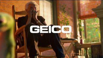 GEICO TV Spot, 'Harmonica Interruptions' - Thumbnail 9
