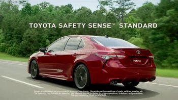 2018 Toyota Camry TV Spot, 'More Power, More Innovation' [T2] - Thumbnail 5