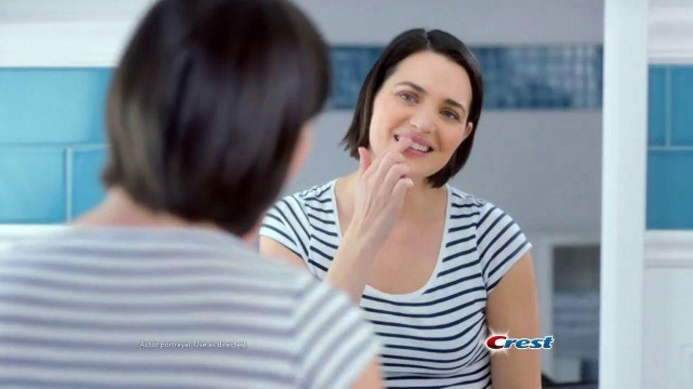 Crest Gum Detoxify TV Commercial, 'Irritated Gums'