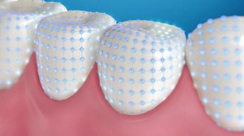 Crest Gum Detoxify & Gum & Enamel Repair TV Spot, 'Irritated Gums' - Thumbnail 8