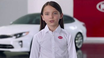 Kia America's Best Value 4th of July Event TV Spot, 'Space Helmet: Top Safety Pick' [T2] - Thumbnail 6