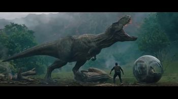 Dairy Queen Jurassic Chomp Blizzard TV Spot, 'Jurassic World' - Thumbnail 2