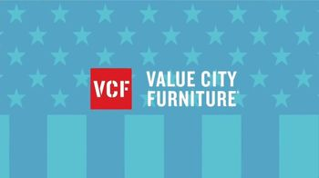 Value City Furniture 4th of July Sale TV Spot, 'Comfort and Value' - Thumbnail 6