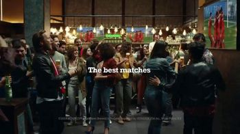 Heineken TV Spot, 'Perfect Introduction' Song by Frankie Valli - Thumbnail 9