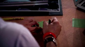 Post-it Extreme Notes TV Spot, 'NBA Awards' - Thumbnail 4