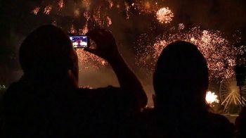 Six Flags July 4th Fest TV Spot, 'All-American Food Festival' - Thumbnail 9