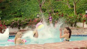 JCPenney TV Spot, 'Disfruta el verano' canción de Redbone [Spanish] - Thumbnail 2