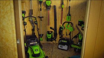 GreenWorks Pro 60-Volt 24-Inch Hedge Trimmer TV Spot, 'Beyond the Ordinary' - Thumbnail 2