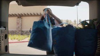 Walmart Grocery Pickup TV Spot, '¡Colombia baila de alegría!' [Spanish] - Thumbnail 6