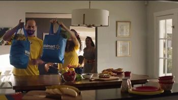 Walmart Grocery Pickup TV Spot, '¡Colombia baila de alegría!' [Spanish] - Thumbnail 7