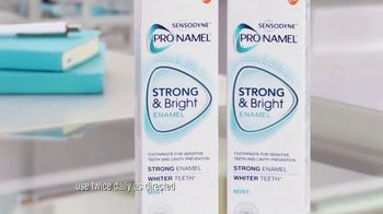 Sensodyne Strong & Bright TV Spot, 'Foundation' - Thumbnail 6