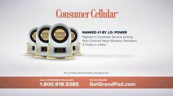 Consumer Cellular GrandPad TV Spot, 'Staying Close: Album' - Thumbnail 8