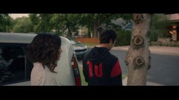 Kia TV Spot, 'FIFA: Never Outgrow Your Love for Kia' Song by Mora Navarro - Thumbnail 7
