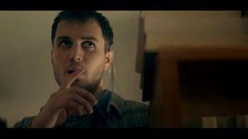 Netflix TV Spot, 'Kiss Me First' - Thumbnail 7