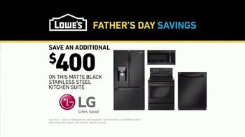 Lowe's Father's Day Savings TV Spot, 'Oven: Kitchen Suite' - Thumbnail 10