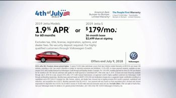 Volkswagen 4th of July Deals TV Spot, 'Turb-Whoa' Song by YUNGBLUD [T2] - Thumbnail 10