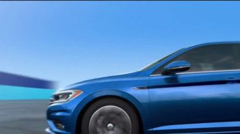 Volkswagen 4th of July Deals TV Spot, 'Turb-Whoa' Song by YUNGBLUD [T2] - Thumbnail 4