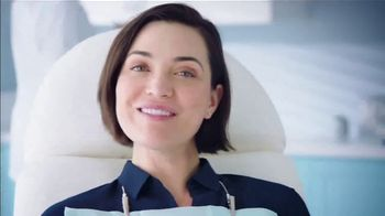 Crest Gum Detoxify & Gum & Enamel Repair TV Spot, 'Early Gum Damage' - Thumbnail 10