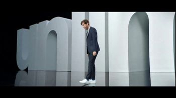 Verizon Unlimited Plans TV Spot, 'Huge News' Ft. Thomas Middleditch - Thumbnail 3