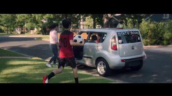 Kia TV Spot, 'FIFA: Tu amor por tu Kia nunca cambiará' [Spanish] [T1] - Thumbnail 4