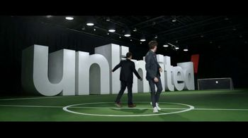 Verizon Unlimited TV Spot, 'End of the First Half' Featuring Landon Donovan - Thumbnail 6