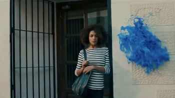 Pepsi TV Spot, 'Paint the World Blue' Ft. Lionel Messi, Song by Major Lazer - Thumbnail 4