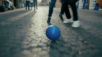 Pepsi TV Spot, 'Paint the World Blue' Ft. Lionel Messi, Song by Major Lazer - Thumbnail 6