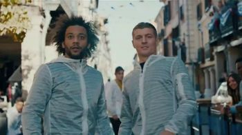 Pepsi TV Spot, 'Paint the World Blue' Ft. Lionel Messi, Song by Major Lazer - Thumbnail 7
