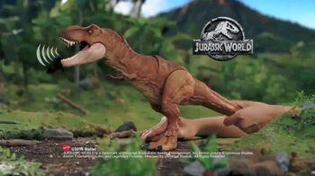 Jurassic World Thrash 'N Throw T-Rex TV Spot, 'Earth Shaking' - Thumbnail 7