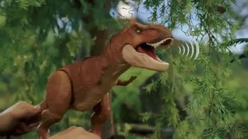 Jurassic World Thrash 'N Throw T-Rex TV Spot, 'Earth Shaking'