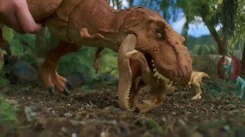 Jurassic World Thrash 'N Throw T-Rex TV Spot, 'Earth Shaking' - Thumbnail 4