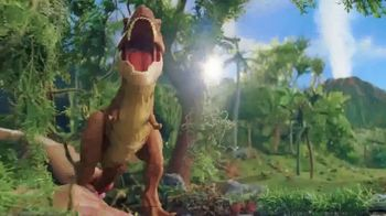 Jurassic World Thrash 'N Throw T-Rex TV Spot, 'Earth Shaking' - Thumbnail 6