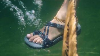 SKECHERS TV Spot, 'Outdoor Lifestyle' - Thumbnail 6